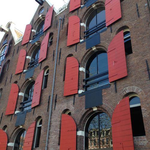 Docks rouges